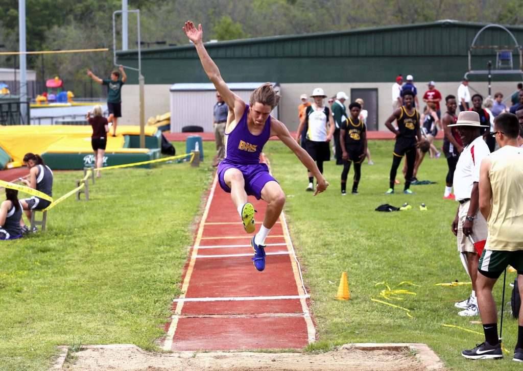Robert Summerlin/Press-Tribune Benton's Cody Ratliff competes in the Ouachita Christian School meet last week in Monroe.