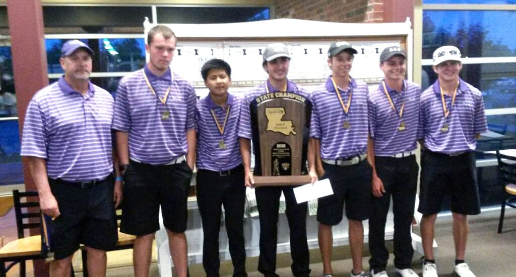 Courtesy Photo The 2016 Division II state golf champion Benton Tigers