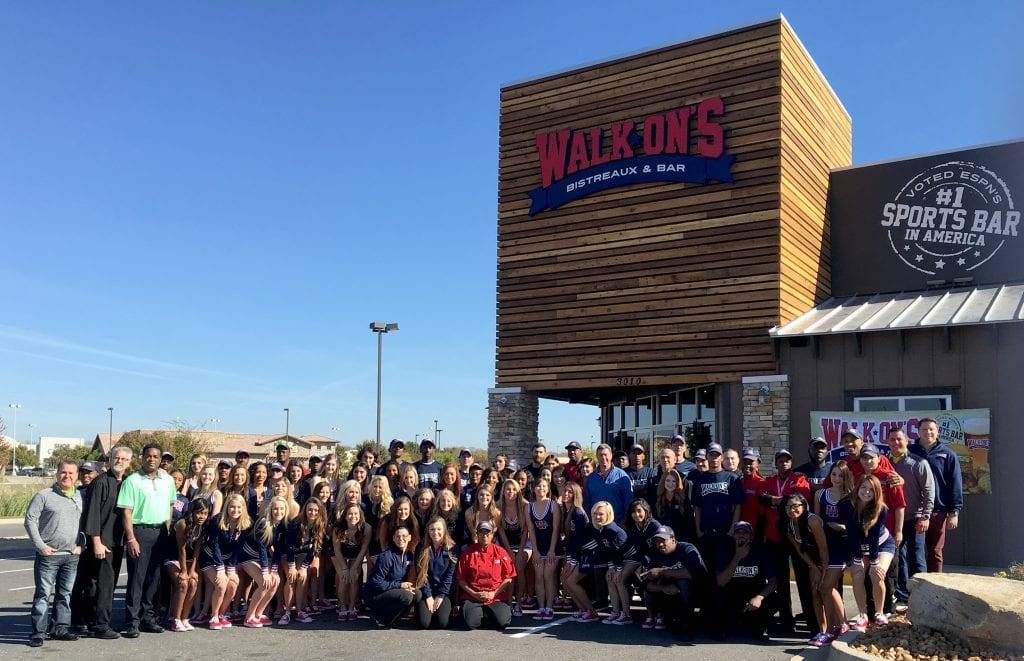 The crew of Bossier City's new Walk-Ons restaurant off Airline Drive.