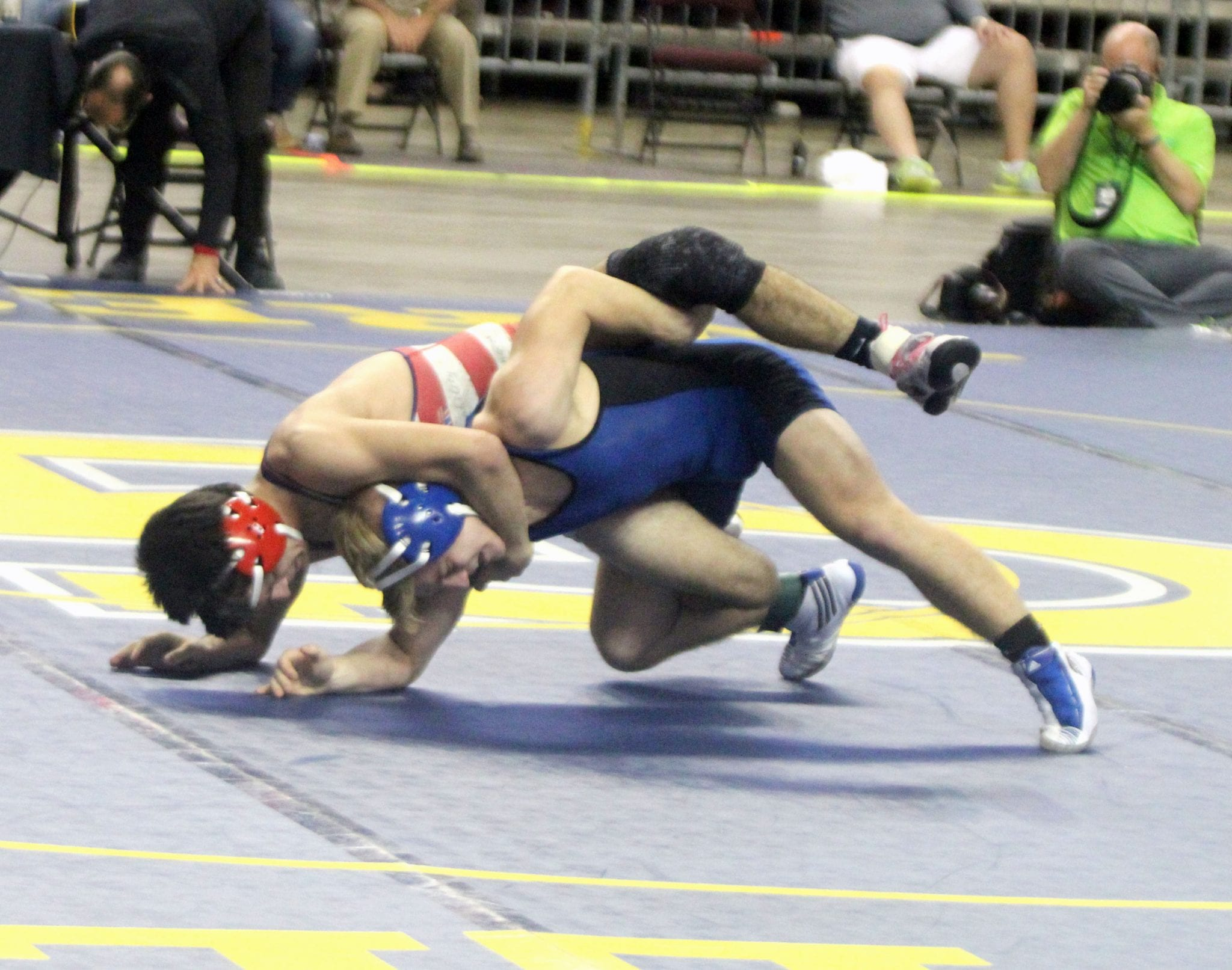 descriptive essay training for wrestling tournaments The benefits of wrestling: why you should wrestle in order to grasp its maximum benefit, be prepared to put forth 110 percent in training and competitions.
