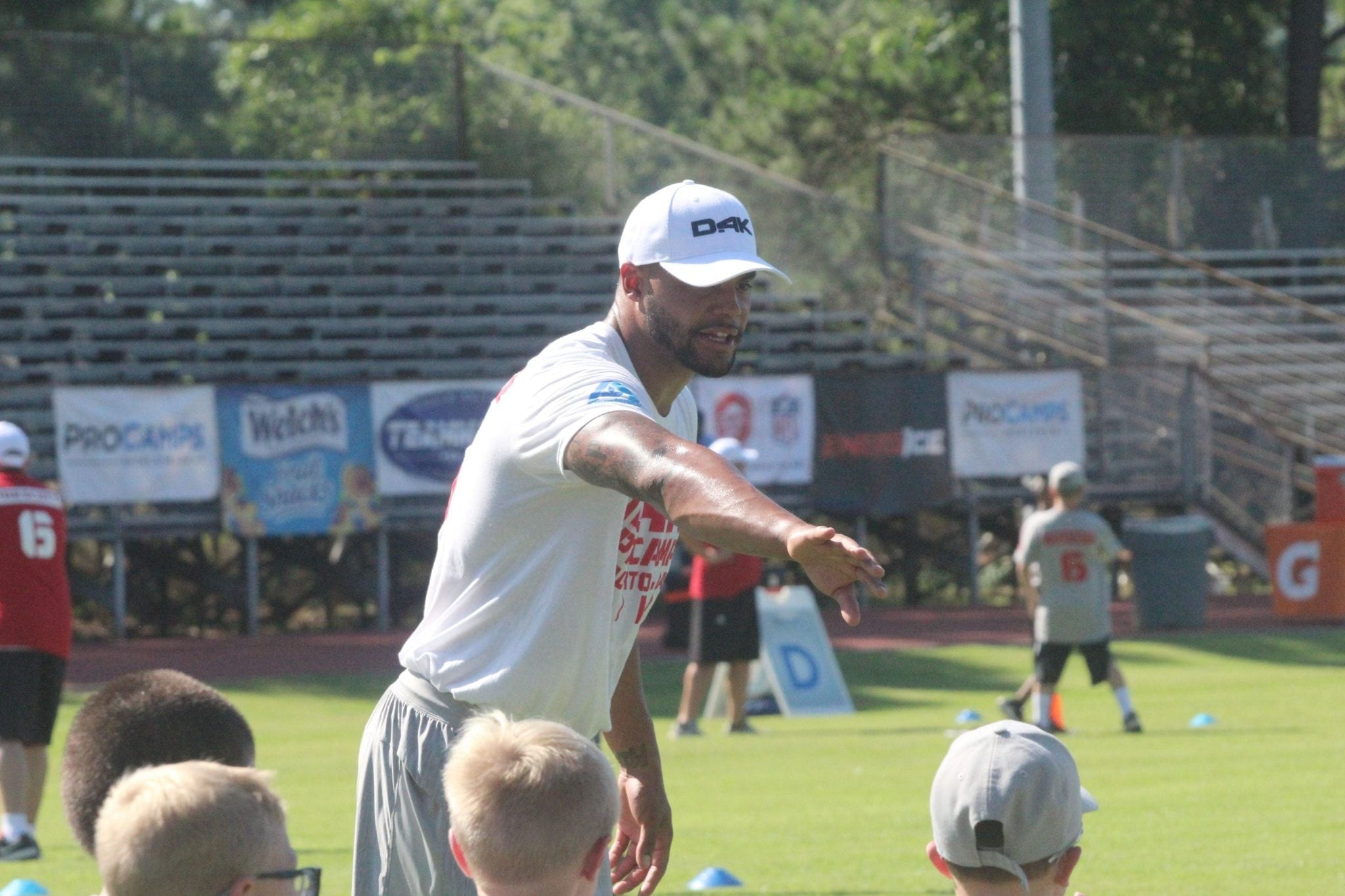 size 40 44cd6 ec181 Hedges: Hosting a youth football camp in his hometown a ...