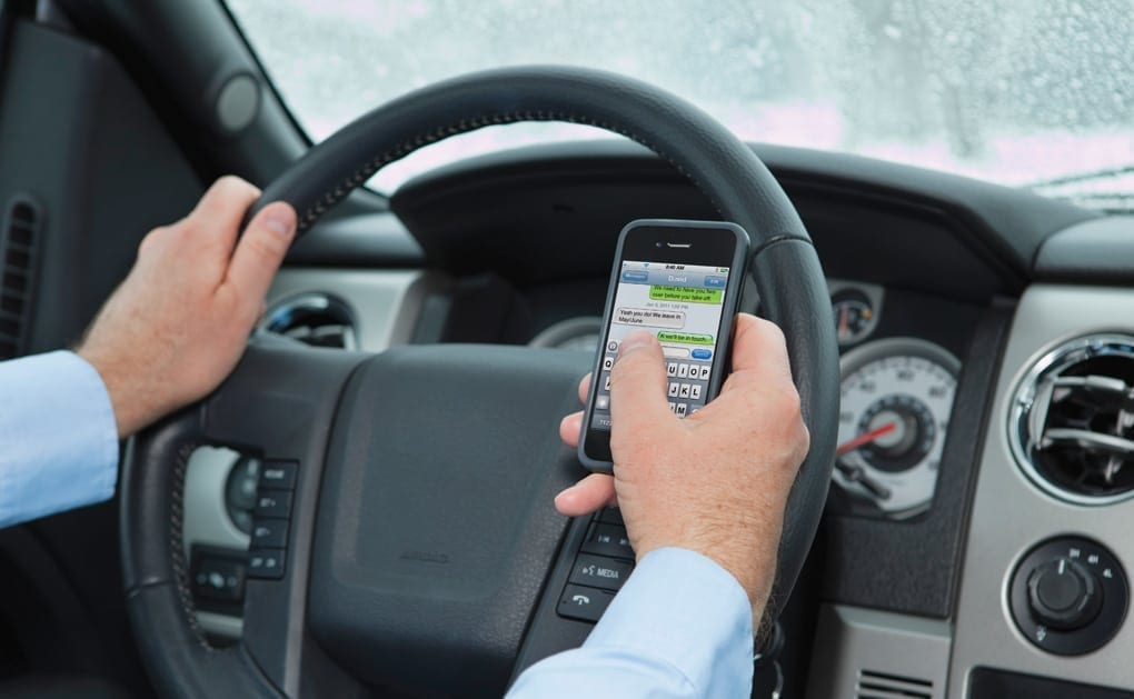 Texting While Driving >> Lawmakers To Vote On Expanding Louisiana S Texting While Driving